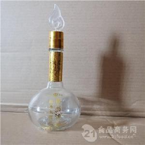 精品玻璃白酒瓶 高白料噴涂瓶