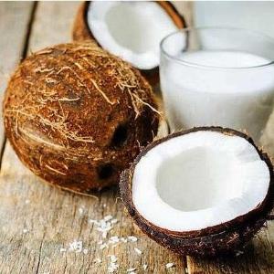 新鲜椰子香甜多汁海南现货批发