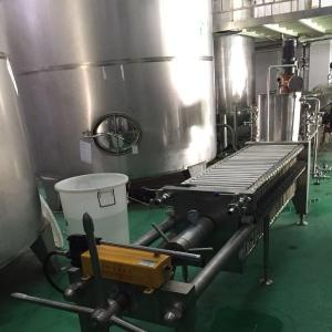 新乡手轮压紧+手动液压400板框硅藻土过滤机操作方便质量好