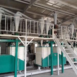 泰兴加工石磨粉全自动机组,农作坊石磨磨面机