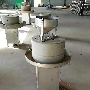 山东现磨机现货供应定做香油石磨机 砂岩花生酱石磨