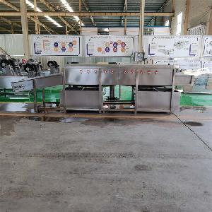 粘玉米棒加工设备——不锈钢玉米喷淋清洗机
