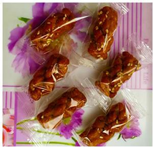 红糖小麻花(采用原生首榨红糖做衣清甜醇香酥脆)